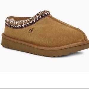 Ugg Tasman Slipper size 5